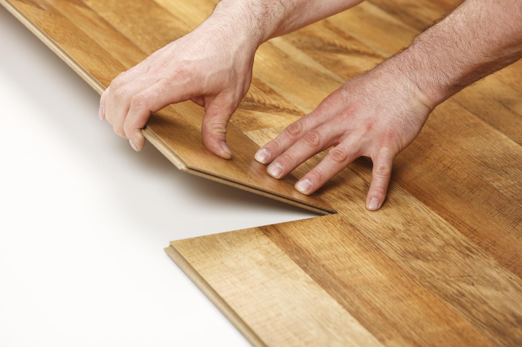 Укладка ламината своими руками на деревянный пол-пошаговая инструкция